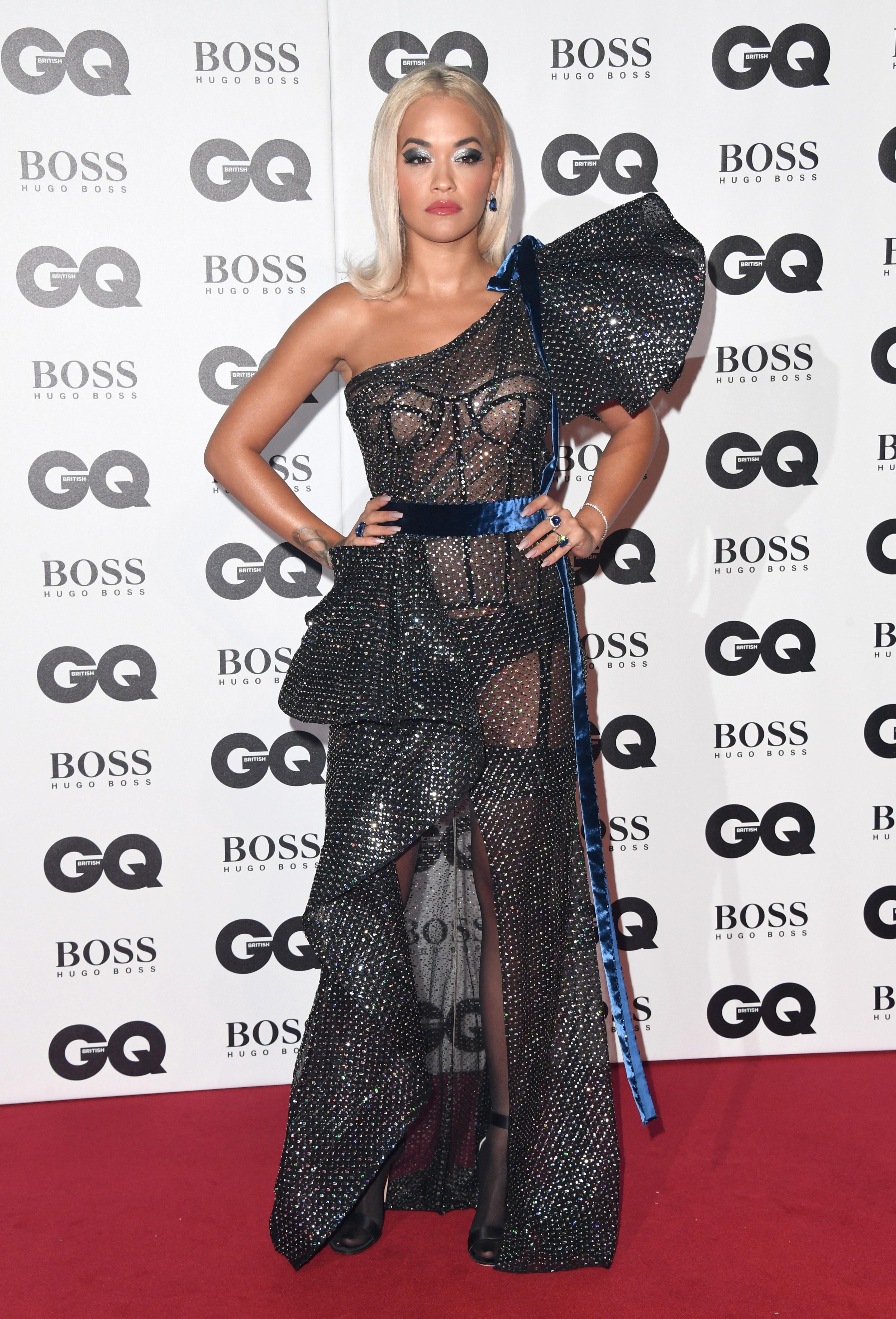 Рита Ора на наградите на сп. GQ