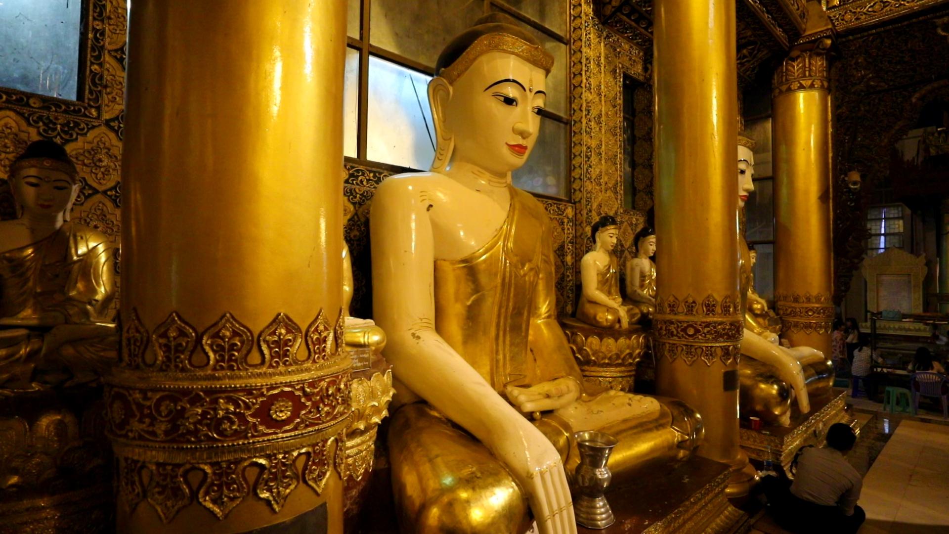 """В непознатия свят на Теравада се отправяме с """"Без багаж"""", тази неделя от 13 ч. по Диема."""