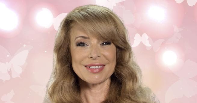 Телевизионната кариера на Мира започва в NOVA преди 20 години.
