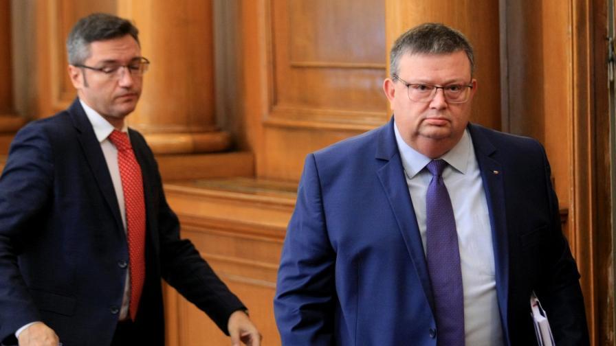 Цацаров: Не използвайте Своге за политически цели