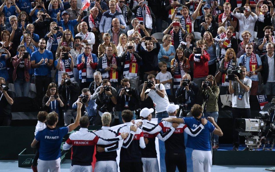Франция на финал за Купа