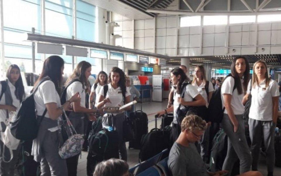 Волейболистките ни заминаха за Япония