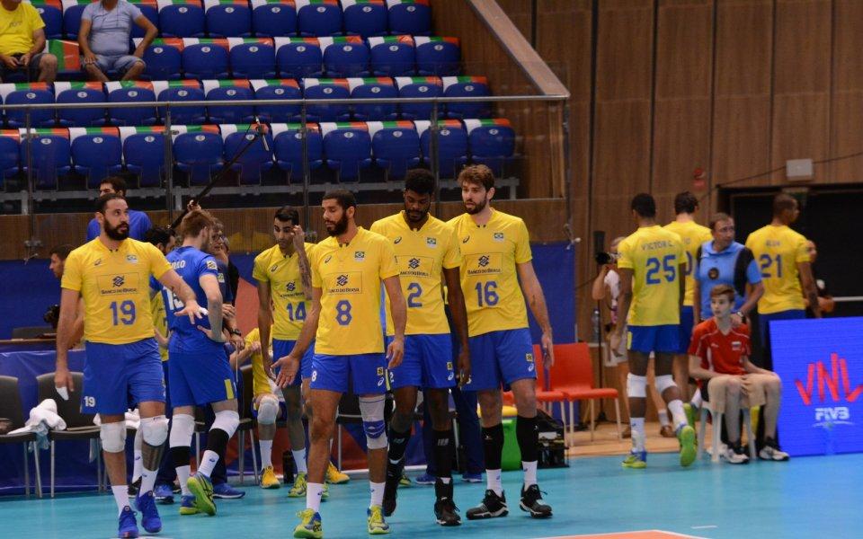 Бразилия на пети пореден финал на Световно