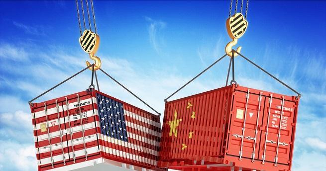 """Китай призова САЩ """"незабавно"""" да отмени наложените на китайската армия"""