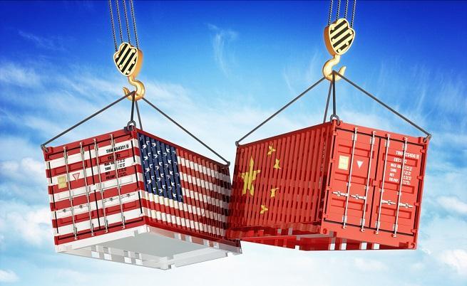 САЩ наказаха Китай заради руски оръжия, Москва отговори