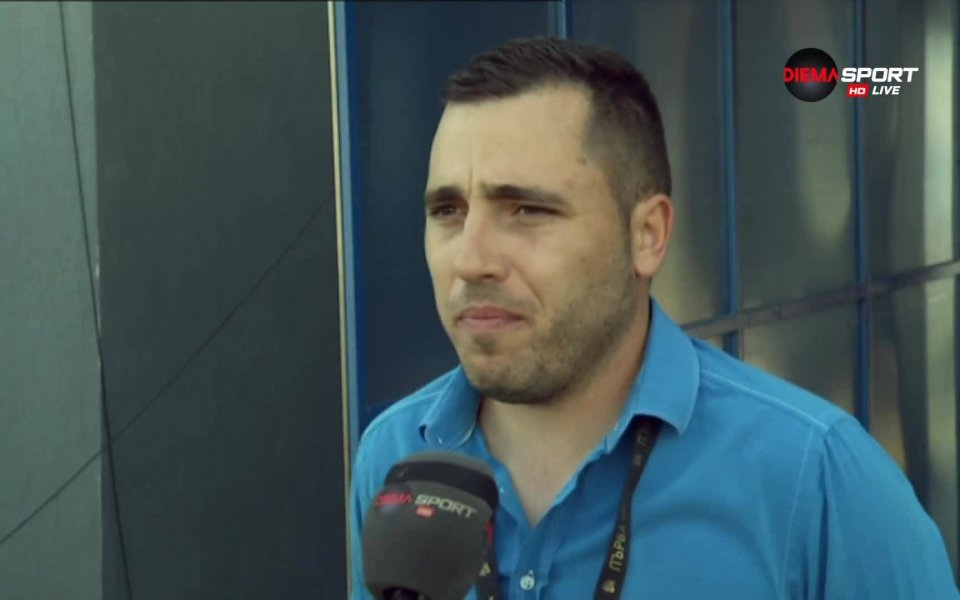 Треньорът на Дунав Русе в днешната среща - Цветомир Младенов,