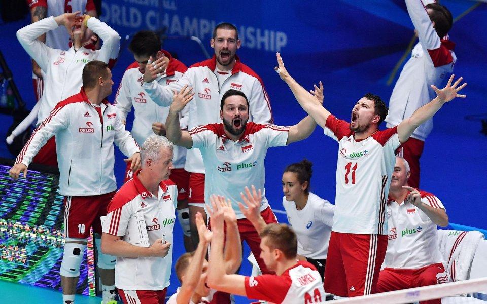 Полша победи категорично Сърбия, но сърбите са на полуфинал