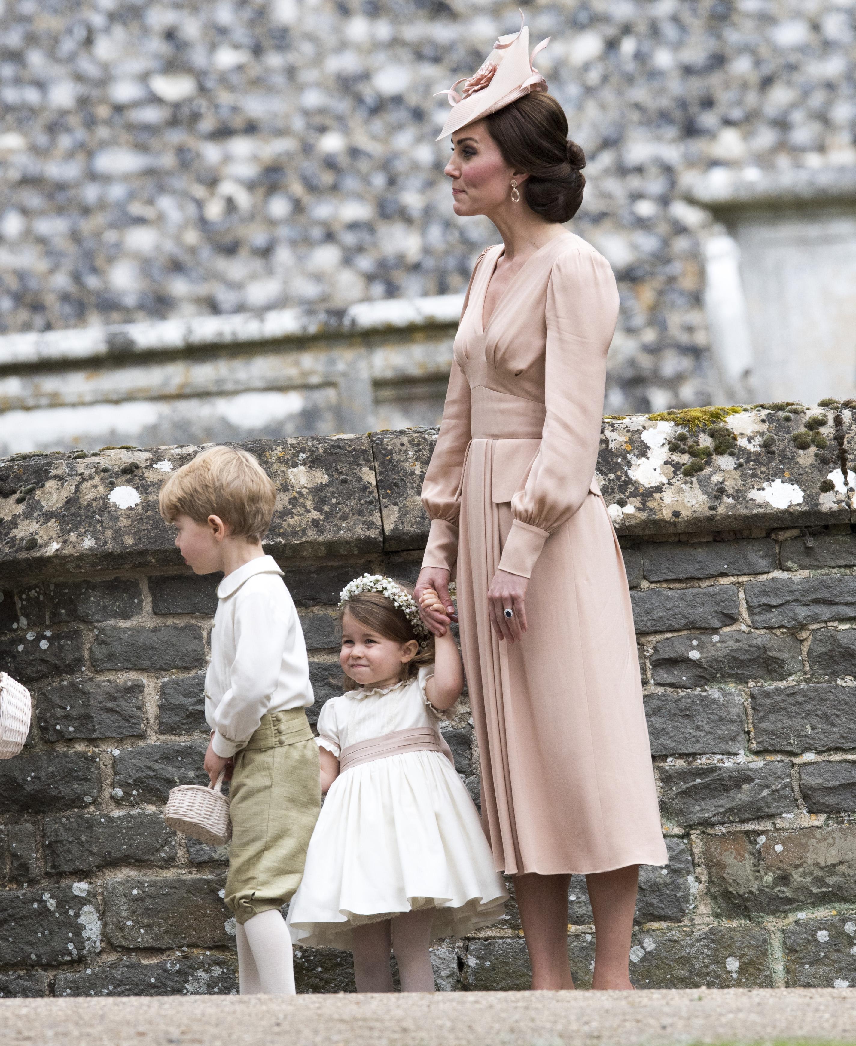 Кейт Мидълтън на сватбата на сестра си Пипа