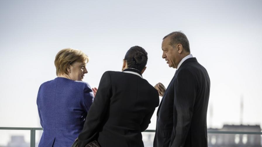 Отново неловка ситуация с Ердоган в Берлин
