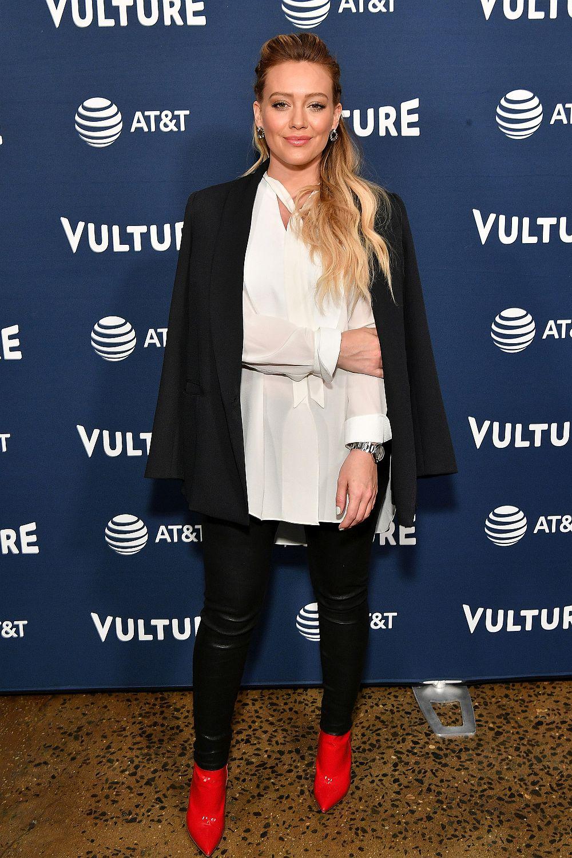 """Хилари Дъф, която в последно време има много по-успешна кариера на актриса, отколкото на певица, с участието си в драматичния сериал """"Thats US"""" обяви, че е в очакване на второто си дете."""