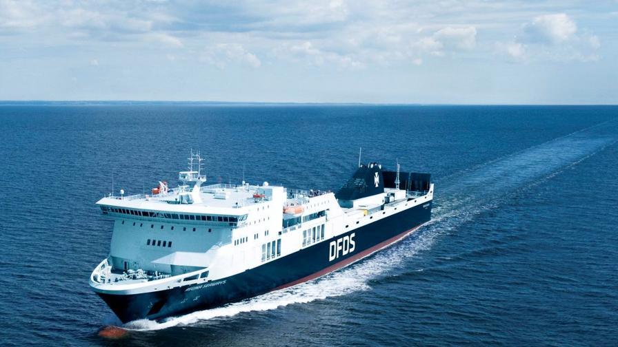 Експлозия в Балтийско море – пожар на ферибот с над 330 души