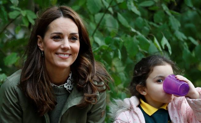 Кейт Мидълтън се завърнаслед 6-месечен отпуск по майчинство. Вижте я
