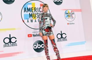 Тейлър Суифт на Американски музикални награди 2018