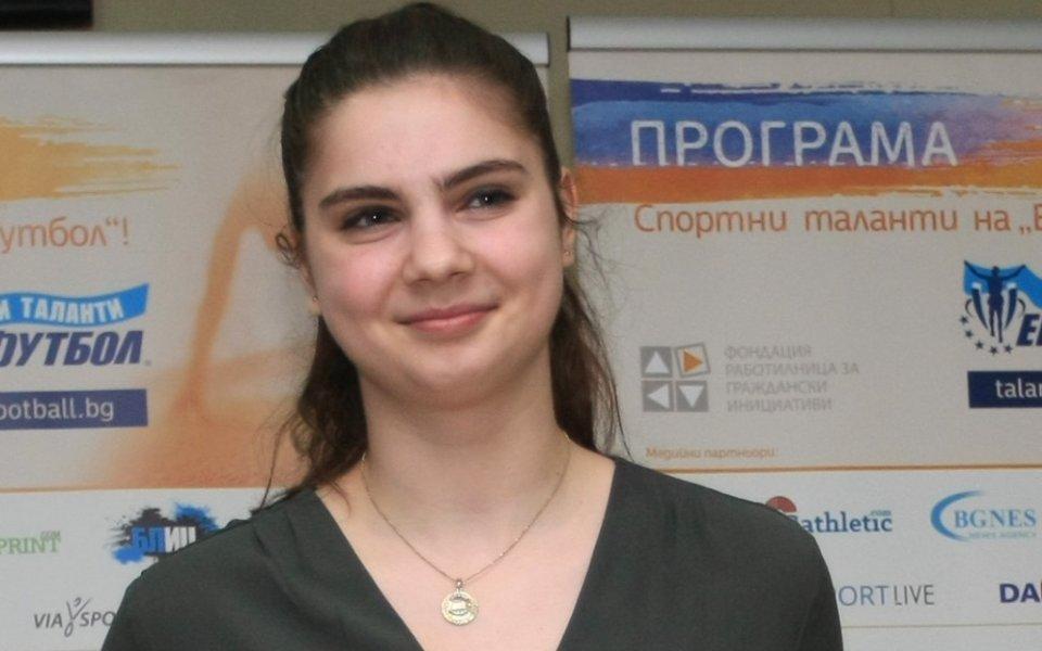 Мария Делчева на 1/2-финал на младежката Олимпиада