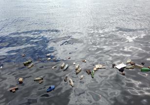 Голямата опасност от боклук в Тихия океан