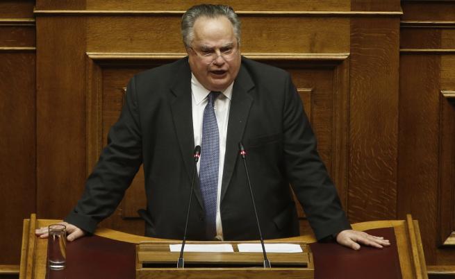 <p>Външният министър на Гърция подаде оставка</p>