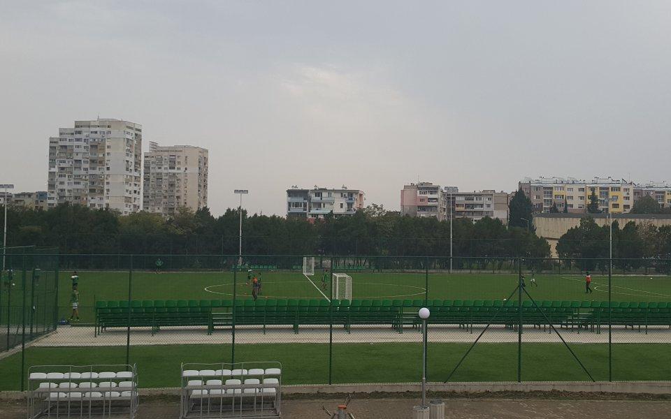 Новият терен в спортен център