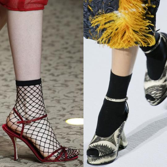 <p><b>Сандали с чорап</b><br /> Тенденцията повелява чорапите да са плътни и черни или мрежести и черни, а сандалите цветни летни модели. Така може да носите летните си сандали дори през зимата. Дали ви харесва е друга тема.<br /> <br /> <i>Dolce&amp;Gabbana, Dries van Noten</i><br /> &nbsp;</p>