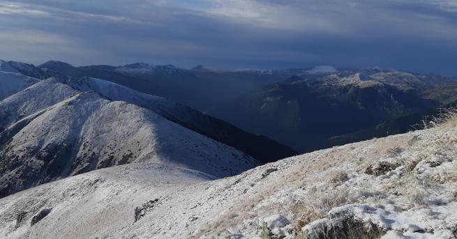Първи сняг на Мусала. Синоптиците предвиждат край на хубавото време