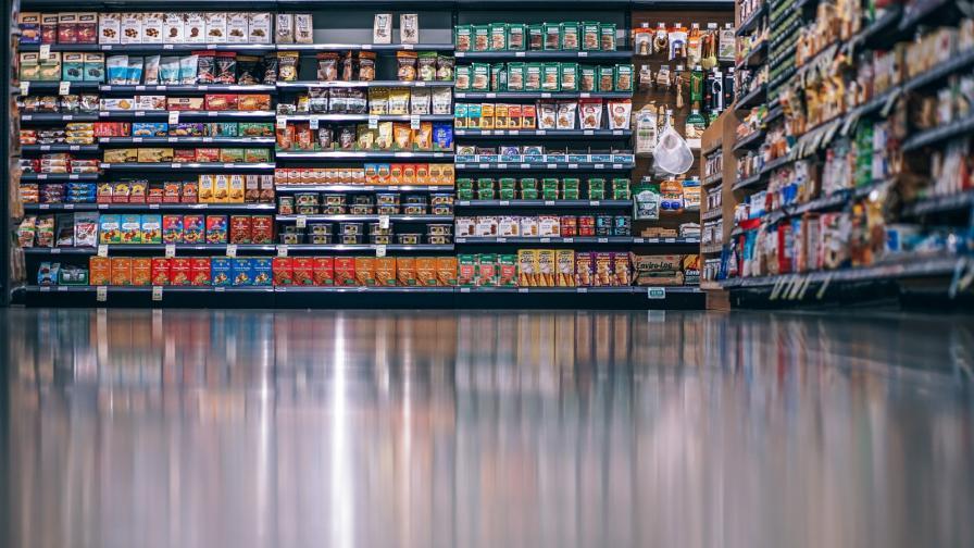 Немски супермаркет направи мощно послание (ВИДЕО)