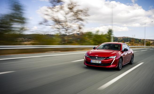 """""""Животът е прекрасен"""" на борда на Peugeot 508 (тест драйв)"""