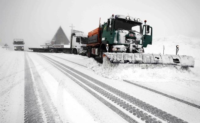 Обилен снеговалеж край Памплона, Испания
