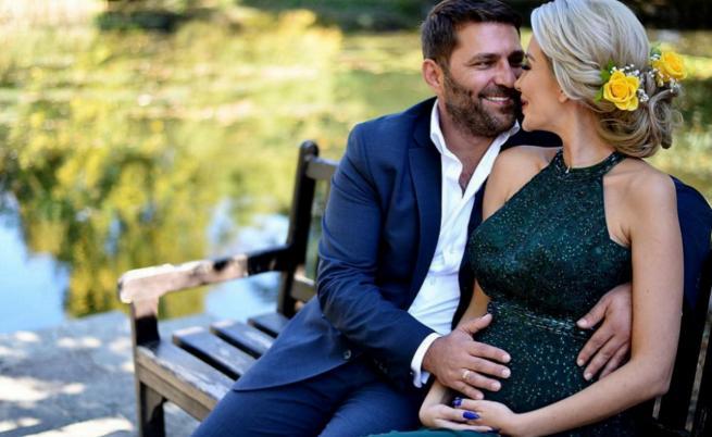 Бременната Антония Петрова с приказна фотосесия