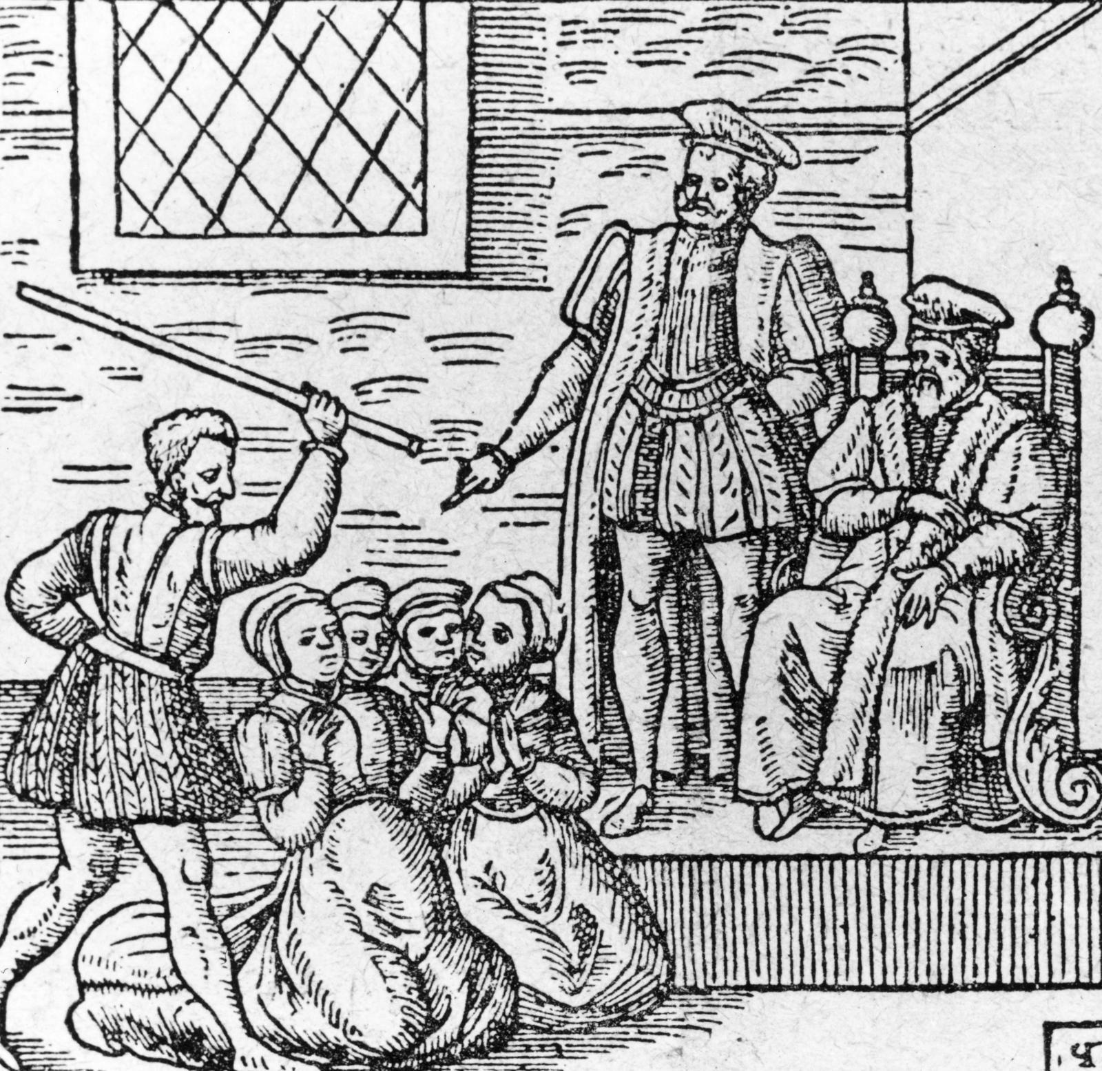 Агнес Сампсон<br /> През 1590 година шотландския крал Джеймс се жени за датската принцеса, Ан, която, като всяка добра християнка, се страхувала от магьосничеството. Тъй като на връщане от Дания, кралският кораб е застигнат от страшна буря, кралят стига до логичното заключение, че това е плод на… вещерство. Така се стига до лов а вещици, а Агнес Сампсон, издадена от друга жена, е главен обвиняем, защото… отказва да признае вината си. Следват нечовешки мъчения, които я пречупват и тя казва, че е правила магии, за да убие краля. След нечовешките мъчения, тя е изгорена жива.