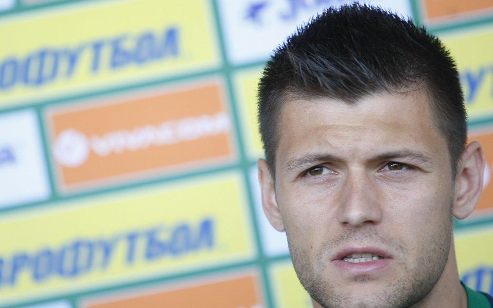 Страхил Попов поднови тренировки, връща се в игра