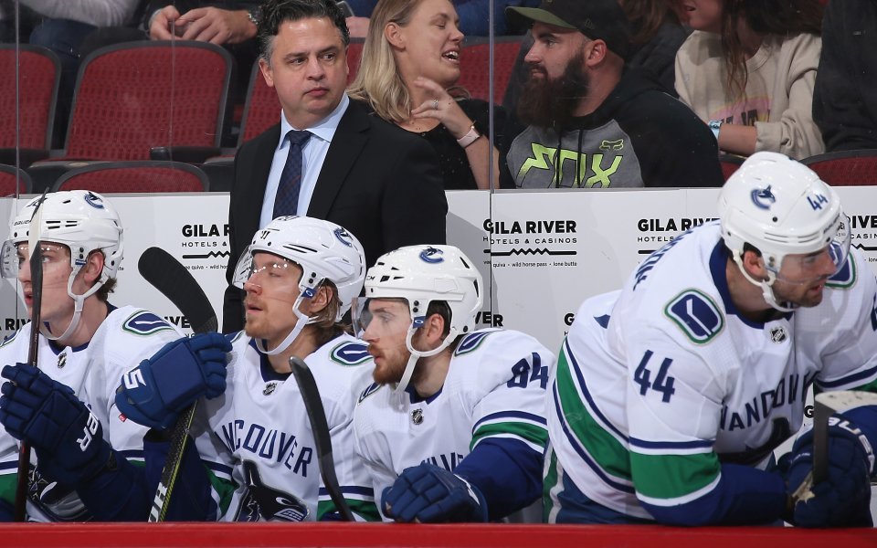 Ванкувър надви Колорадо в мач с 13 гола в НХЛ, резултати