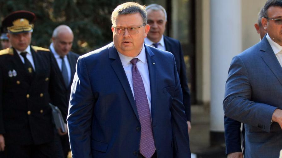 Цацаров не намира основания за закриване на БХК