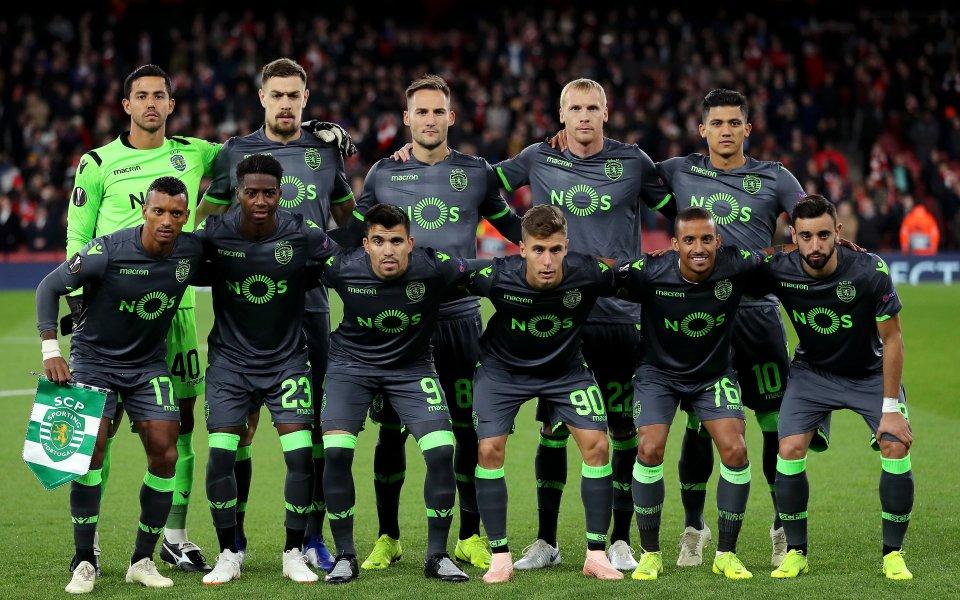 Арсенал развали перфектния точков актив, но пътува към елиминациите