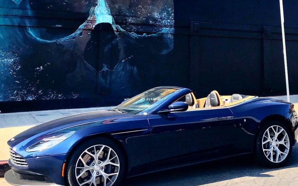 Гришо в Бевърли Хилс: Скъпи коли и изкуство