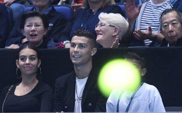 Джокович се разправи с Иснър, Роналдо аплодира