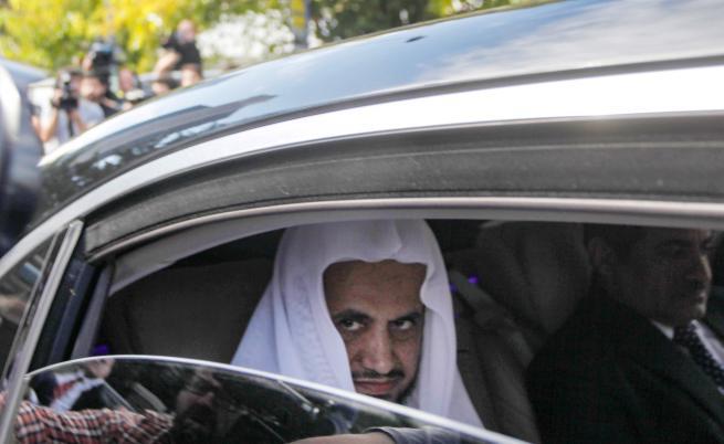 На снимката: Саудитският главен прокурор шейх Сауд ал Муаджиб