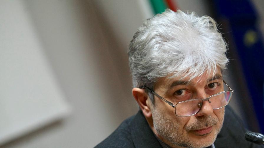 Прокуратурата: Министър Нено Димов остава в ареста