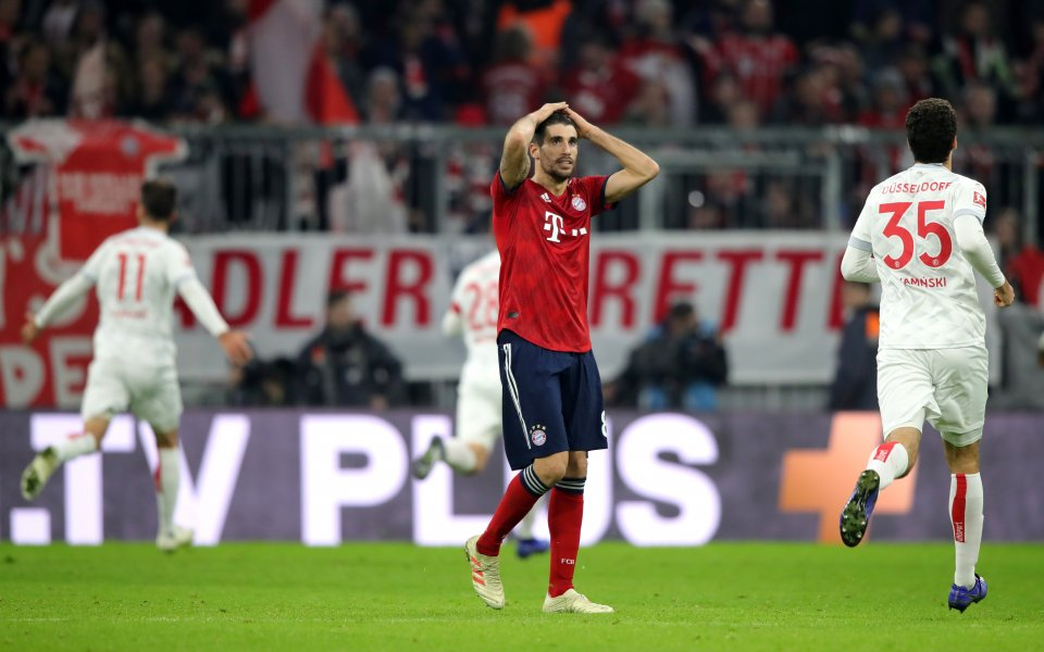 Байерн на Ковач продължава да затъва, пропиля аванс от 3:1 в Мюнхен