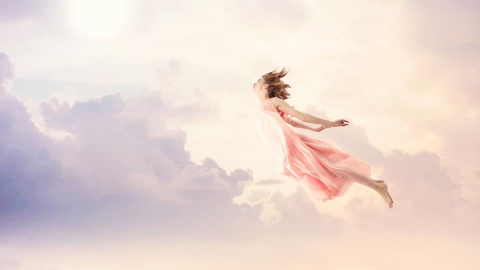 облаци сън сънуване