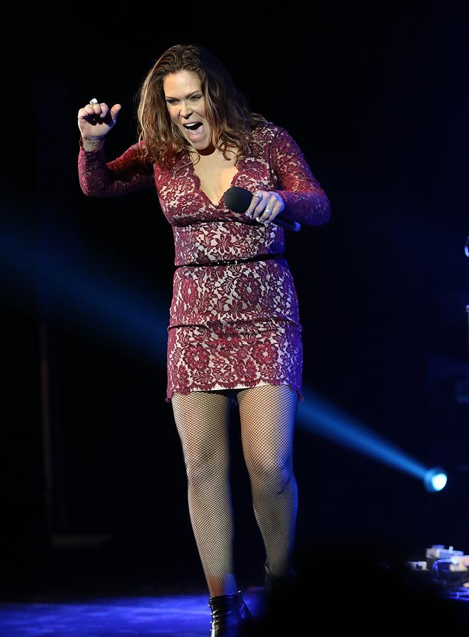 Огнената Бет Харт с концерт в препълнената зала 1 на НДК