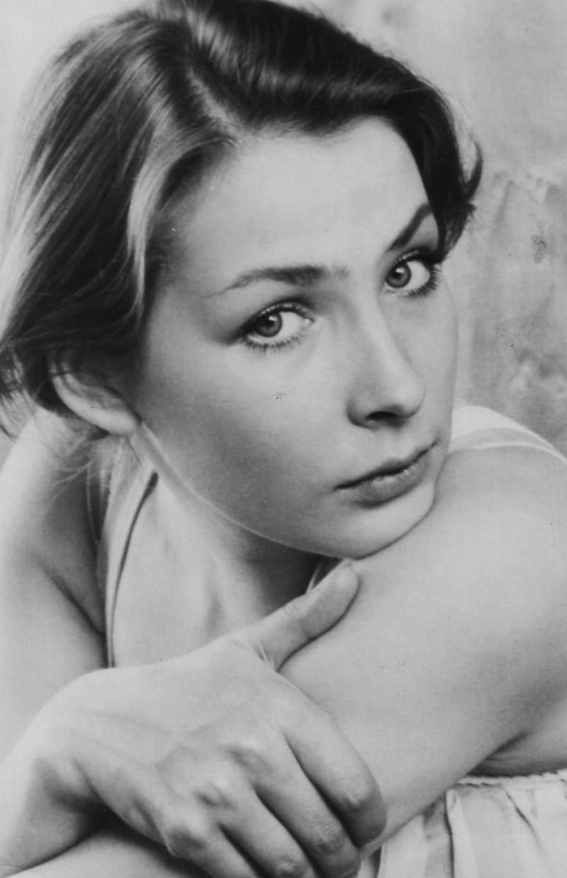 """Наталия Данилова е родена 1955 година в Санкт Петербург. Тя участва в много филми, но не става известна актриса. Само една от нейните роли във филма """"Мястото на срещата не може да бъде променено"""" се забелязва."""