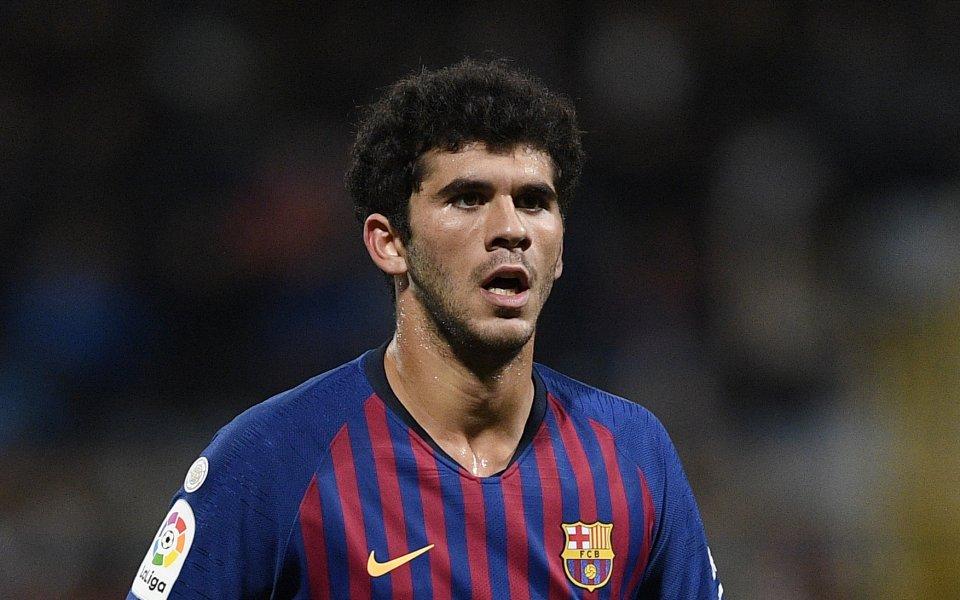 Футболистът на Барселона Карлес Аленя ще подсили тима Бетис, твърдят