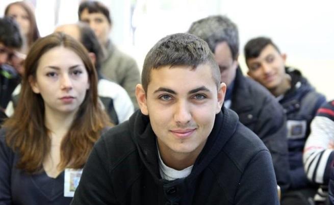 Индия Кърмова и Иван Симеонов  двама от възпитаниците и гордост на каменоделското училище