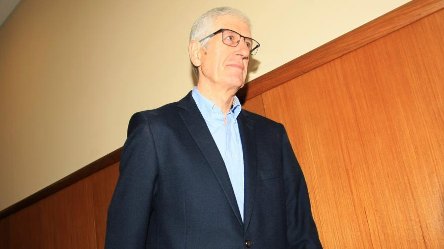 Нов опит за дело срещу Овчаров, вече за 24 млн. лв.