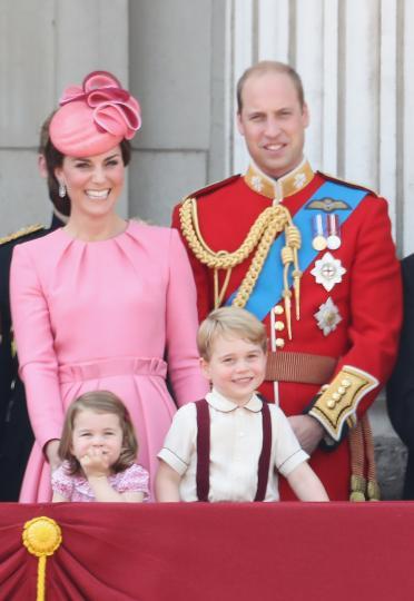 <p>Животът на принц Джордж в снимки</p>
