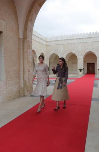 Заедно с кралица Рания в Йордания.