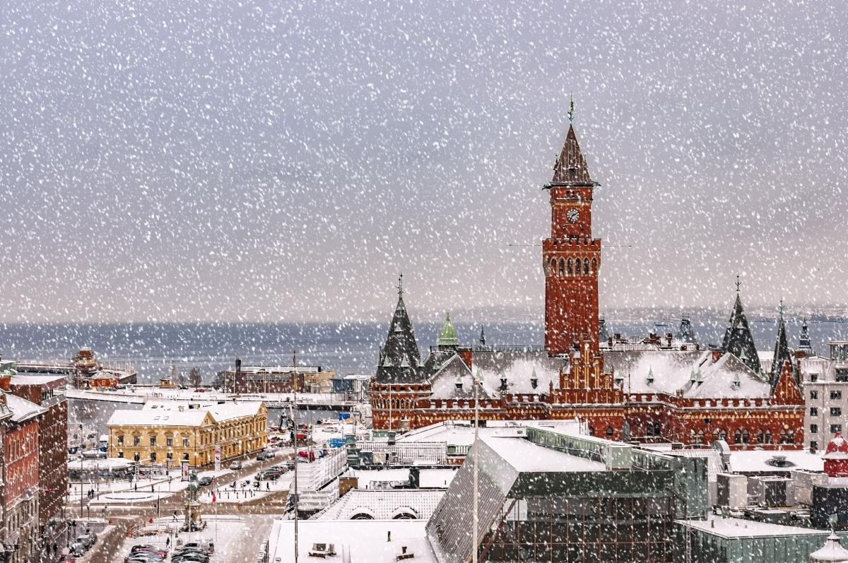 Копенхаген - столицата на Дания.