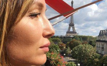 Красивата дъщеря на известен треньор е фактор в Испания