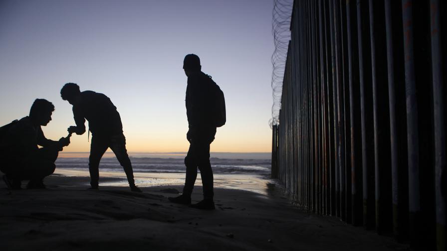 8-годишно дете от Гватемала почина на границата САЩ - Мексико