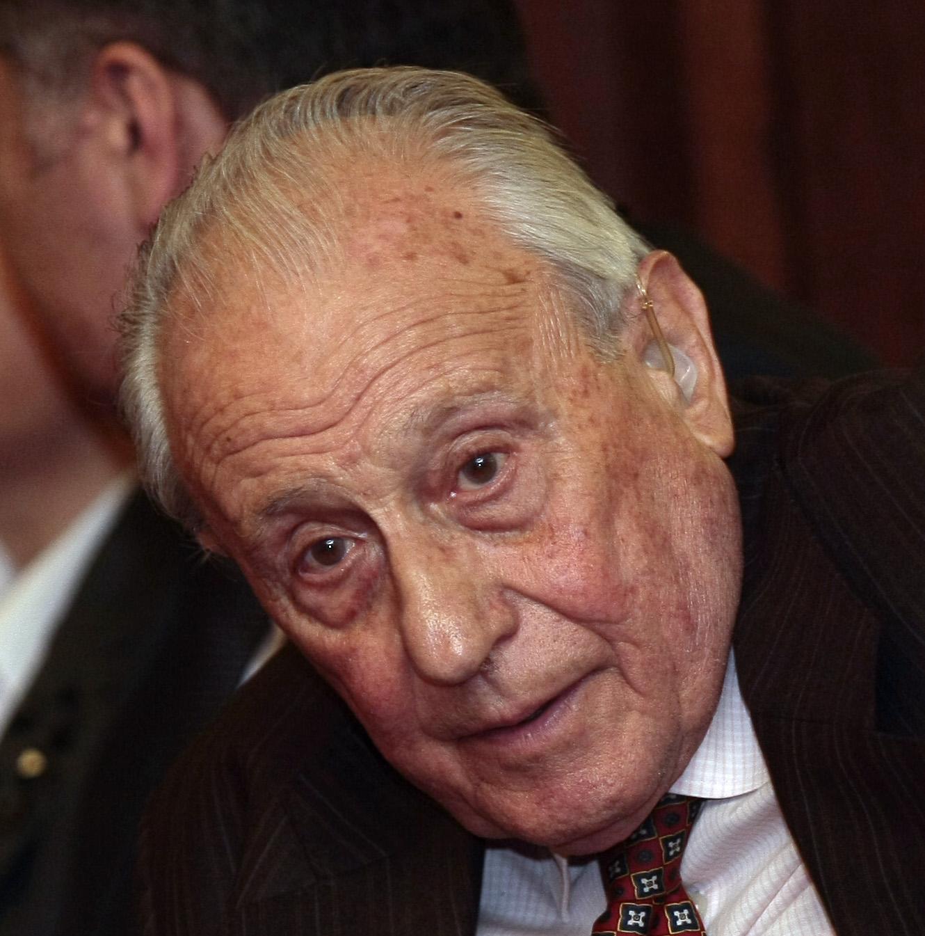 Васил Гоцев (1929-2018)<br /> На 21 ноември се простихме с българския юрист и политик Васил Гоцев. Той е избиран три пъти за народен представител, дълги години беше конституционен съдия. Бил е министър на правосъдието и правната евроинтеграция в правителството на Иван Костов (1997 - 2001 г.) През следващите десет години е съдия в Конституционния съд.