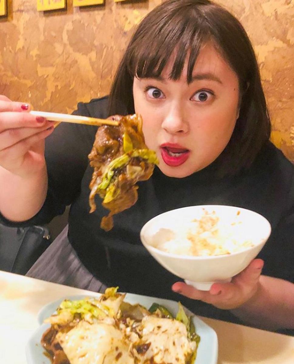На снимката: Охаши Мичико. Момичетата непрекъснато трябва да демонстрират колко добре се чувстват в телата си.